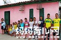 夫妻连生13个男孩成足球队 求女心切将继续寻找生女秘方