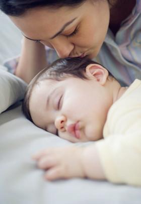 孩子跟谁睡决定他一生的性格!别不当回事看了你就知道!