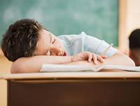上课打瞌睡怎么办 上课打瞌睡有什么不良后果