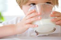 儿童纯牛奶哪个牌子好 这些国产品牌不错销量靠前