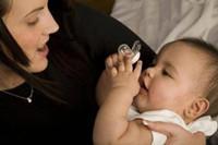 崔玉涛推荐的安抚奶嘴 宝宝使用安抚奶嘴那些事儿