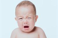 宝宝第一次牙会发烧吗 宝宝出牙期发烧怎么办