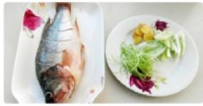 清蒸鲈鱼孕期食谱 好吃不长肉