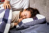 10岁还不分床睡严重危害 后果竟然这么严重!